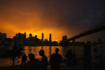 Canadian love affair with Manhattan real estate seen unabated