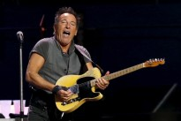 Springsteen cancels North Carolina show over transgender law