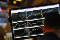 Hunt for yield leads U.S. mutual fund managers to private assets
