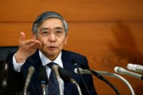 BOJ`s Kuroda sees no big rise or fall in bond buying for now