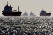 OPEC cuts, weak freight rates help traders profit on Asia crude routes
