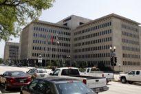 U.S. authorities raid Caterpillar`s Illinois facilities