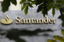 Spanish banks face tough rivalry in small companies bet