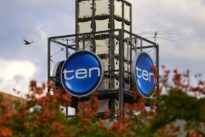 Australian TV station Ten in administration after Murdoch-led backers quit