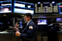 U.S. stock market gets relief from strong fund flows: trade group
