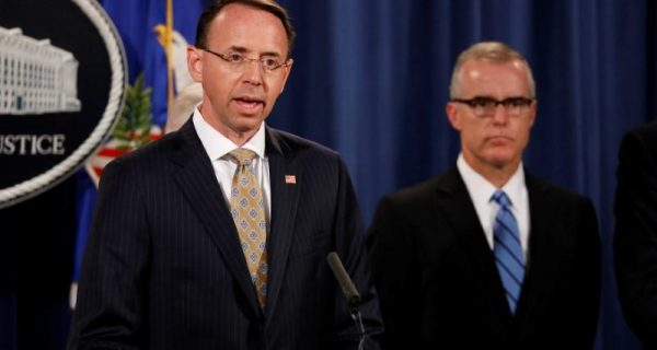 U.S. Justice Department not looking to charge journalists for leaks: official