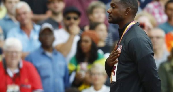 Gatlin`s father flays London crowd for booing son