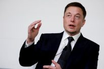 Bond investors give Tesla a $1.8 billion endorsement