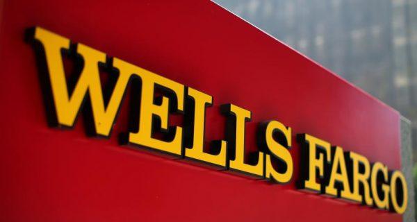 Vanguard withheld support for key Wells Fargo directors: filings