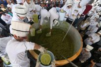 Mexico breaks world record with 3-tonne guacamole