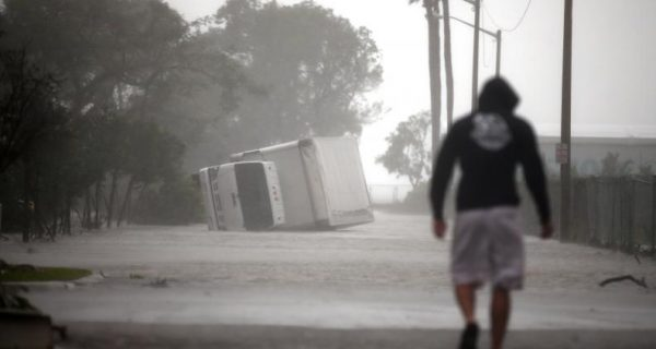 Insurers ache for qualified inspectors after U.S. hurricanes