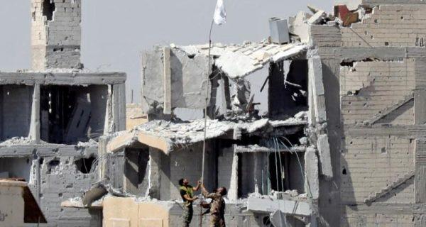 Islamic State in Raqqa mounts last stand