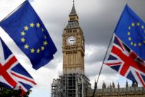 UK businesses urge government to reach Brexit transition deal