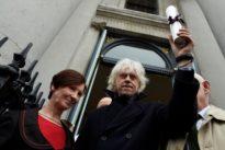 Bob Geldof calls Aung San Suu Kyi `handmaiden to genocide`