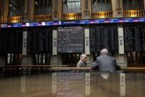 Wall Street wanes ahead of holiday- Catalan vote hits euro, Spanish st