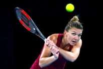 Halep leads host of contenders for Serena's crown