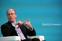 BlackRock CEO Fink shows no signs of entering bitcoin ETF race
