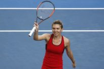 Tennis: Halep ends Osaka's run to reach quarter-finals