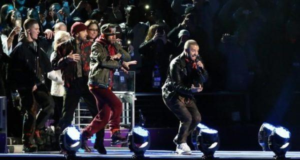 Timberlake back at Super Bowl halftime, no wardrobe malfunctions