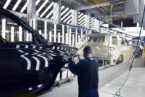 Ford revs up large SUV production to boost margins, challenge GM