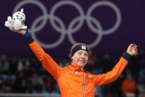 Speed skating: Visser resumes normal service for dominant Dutch