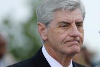 Mississippi's last abortion clinic expands lawsuit on restrictions