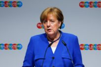 Merkel tells Italy: euro zone rules must frame economic discussions