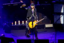 Alice Cooper, Johnny Depp, Joe Perry storm Montreux stage