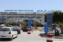 Tunisian airport workers threaten strike in tourist high season