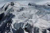 Scientists investigate icy streams for survival clues