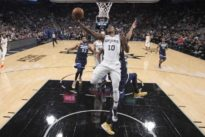 NBA roundup: DeRozan leads Spurs past Butler, Wolves
