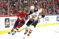 NHL roundup: Ducks rally from 4 down, edge Caps