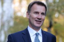 May's Brexit deal can get through parliament – Hunt