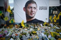 Soccer: French League to pay tribute to Sala with minute's applause