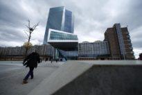 Euro zone banking at risk of dangerous fragmentation, ECB warns