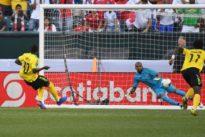 Jamaica beat Panama to reach third straight Gold Cup semi