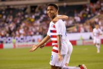 U.S. beat Curacao 1-0 to move into Gold Cup semis