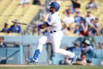 MLB roundup: Dodgers win 11-10 on Muncy walk-off double