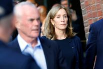 Apologetic actress Felicity Huffman gets 14-day sentence in U.S….