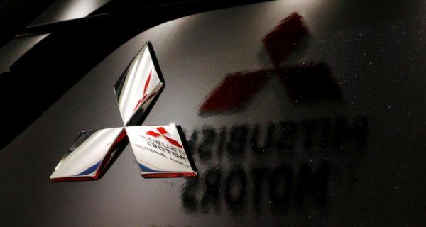 Mitsubishi Motors' full-year profit slumps 89%