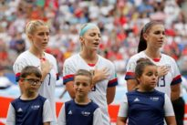 Women's soccer team calls for repeal of kneeling ban