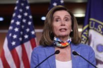 U.S. Congress needs compromise to extend COVID-19 unemployment payments, Pelosi says