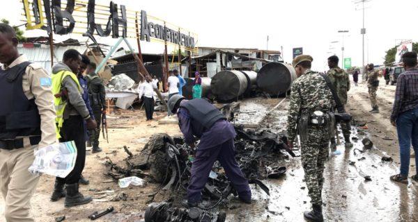 Head of Somalia's military unhurt, civilian killed in suicide car bomb on convoy