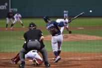 Braves pull away to defeat Red Sox