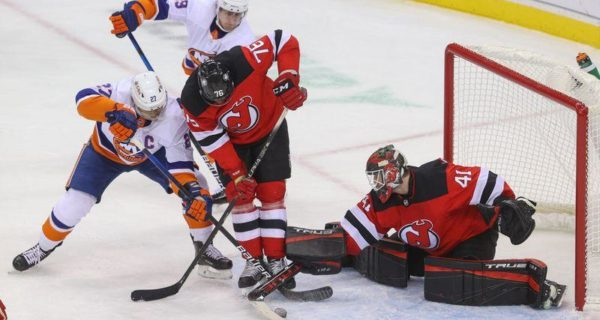 NHL roundup: Scott Wedgewood, Devils shut out Islanders